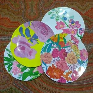 Anthropologie Floral Plastic Plates (4)